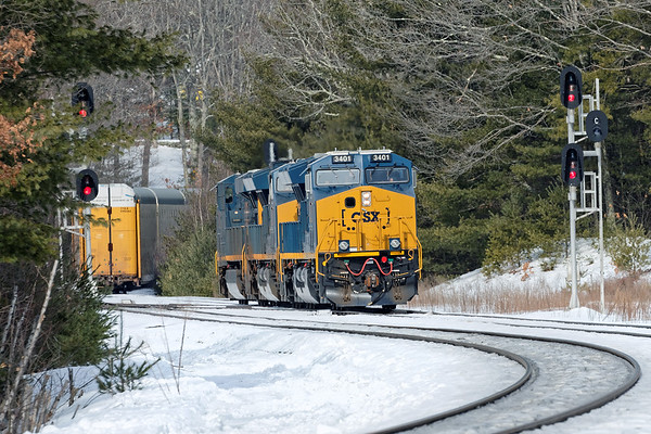After cutting away it's train on the siding at MP60, Q264 light power will cross over and run around on the main back to MP64 in East Brookfield where it will tie down. 2/16/2017 - 598C0482dK