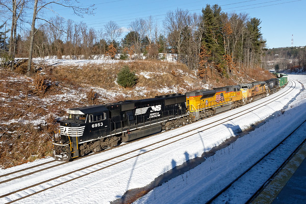 "The same 23K pulling hard up the hill opposite the new Wachusett ""T"" station in west Fitchburg MA.<br /> 12/14/2017 - 598C4999dK"