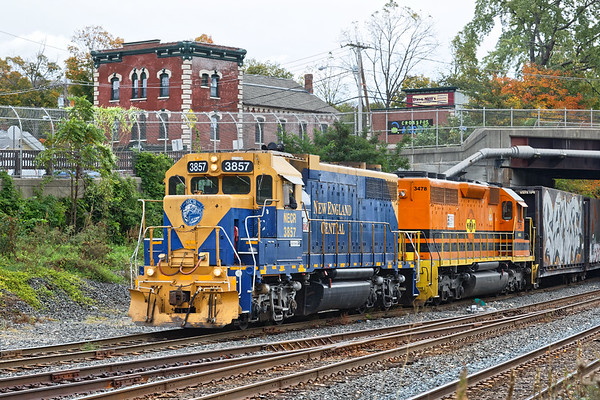 It was a busy couple of hours at Palmer yesterday morning starting off with NECR switching the CSX yard.<br /> 10/12/2018