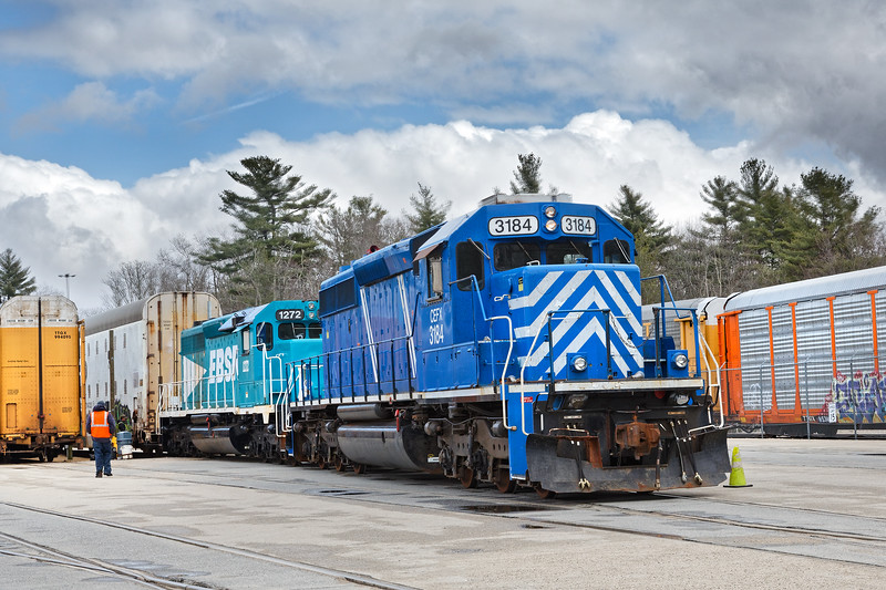 EBSR 1272 and leased unit CEFX 3184 spot some Auto-Max cars inside the auto facility in East Brookfield MA.<br /> 4/17/2018