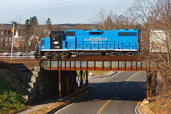 MCER 1750 poses briefly on the Main St. bridge in Ware MA.<br /> 11/12/2018