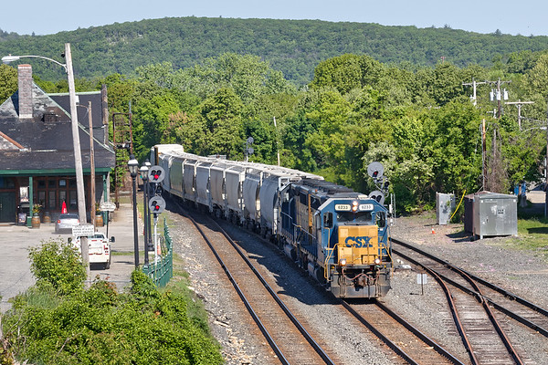 CSX train B740 eases off the main onto the controlled siding at MP83 with a short train.<br /> 5/24/2018