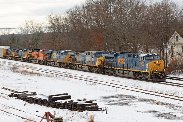A quick chase of an interesting consist today - Q264 came into MP64 in East Brookfield MA this afternoon with 6 units and 74 auto racks for the EBSR.<br /> CSX 3415, with the Georgia Railroad decal was on the point, followed by CSX 259, CSX 5331, BNSF 3876, CSX 9000 and CSX 110.<br /> 11/18/2018