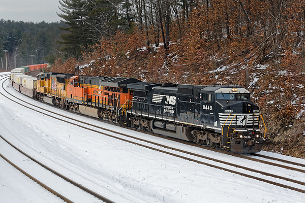 After the crew change, 22K headed east and we caught it easing down the hill at Wachusett. 1/19/2018