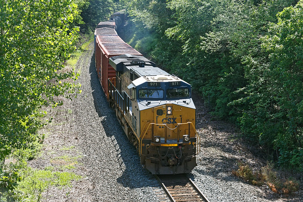Lone pusher on Q436 straining up the Charlton Hill.<br /> 6/14/2019