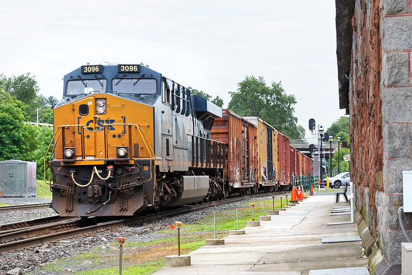 CSX 3096 is a DPU pusher on Q426.<br /> 7/2/2019