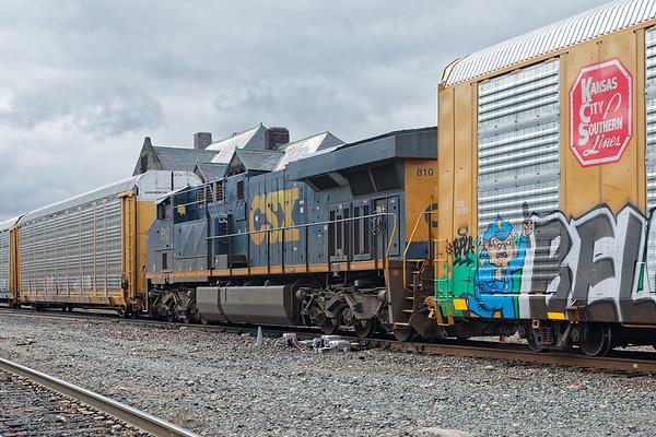 CSX 810, the DPU on Q263.<br /> 4/10/2019