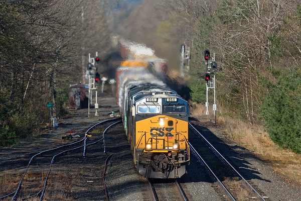 Q426 splits the signals at MP64 in East Brookfield MA.<br /> 4/29/2019