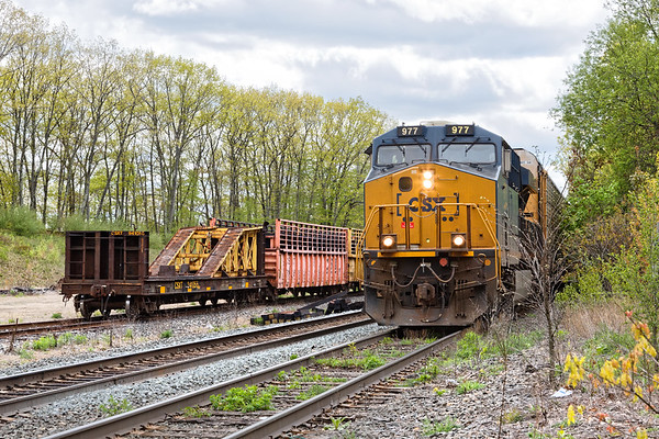 Q264 eases down the siding at MP64 with 120 auto racks for the EBSR.<br /> 5/15/2019