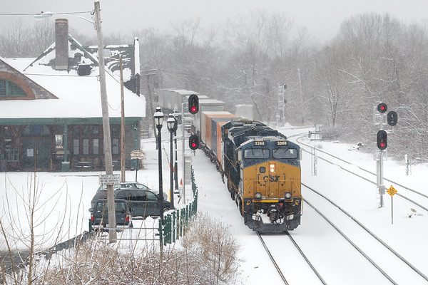 Finally, it's beginning to look like a lot like Winter...<br /> Q022 knocks the signals down at MP83, near the historic Palmer MA depot.<br /> 2/18/2019