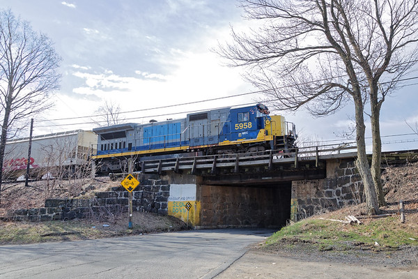 FI-1 pulls over Poplar St. as it switches the Fitchburg yard.<br /> 4/15/2020