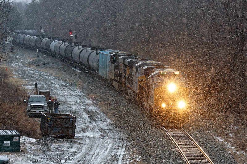 Another ethanol train, K662, ran east on the B&A yesterday. It was dark, after 4PM, and it had started to snow pretty good by the time I saw it at MP57 in Charlton MA. ISO 2000 and be there...<br /> 1/18/2020