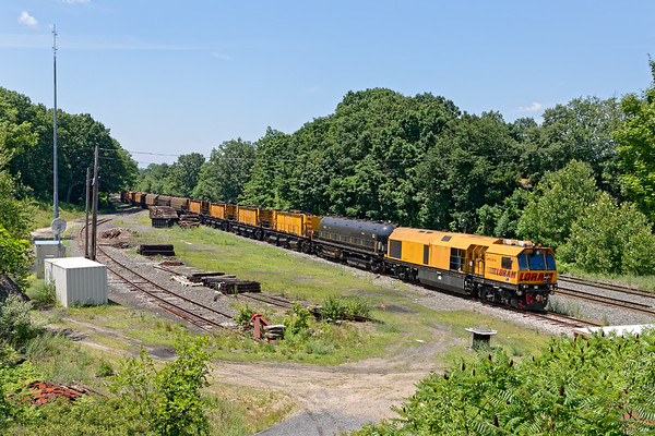 Hangin' with LORAM...<br /> The Loram rail grinder sits in the small yard at MP64 in East Brookfield MA.<br /> 7/6/2020