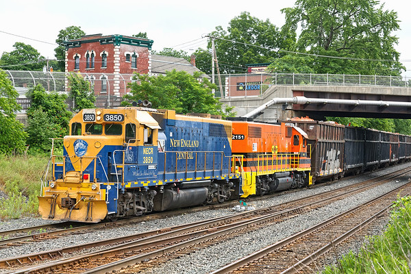 NECR 3850 and 2151 back down the lead into the CSX yard at MP83.<br /> 7/1/2020
