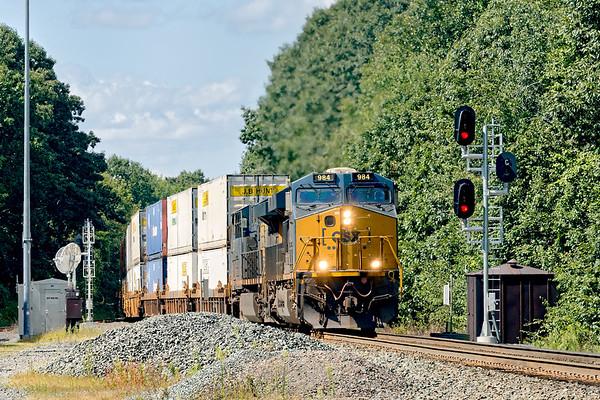 Q008 rolls through MP57 in Charlton MA.<br /> 9/6/2020
