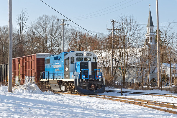 MCER pulling up the grade into the Ware MA yard.<br /> 12/11/2020