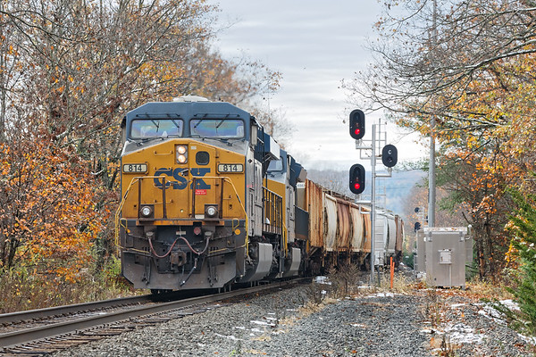 Q436 pulls a cut of cars off the siding onto the single track main at MP79 in Palmer MA.<br /> 11/1/2020