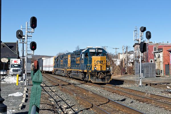 Train B740 splits the signals at MP83 in Palmer MA.<br /> 1/29/2020