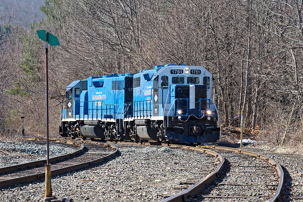 After switching Kanzaki Papers, MCER 1750 and 1751 come up the hill light into the Ware MA yard.<br /> 3/26/2020