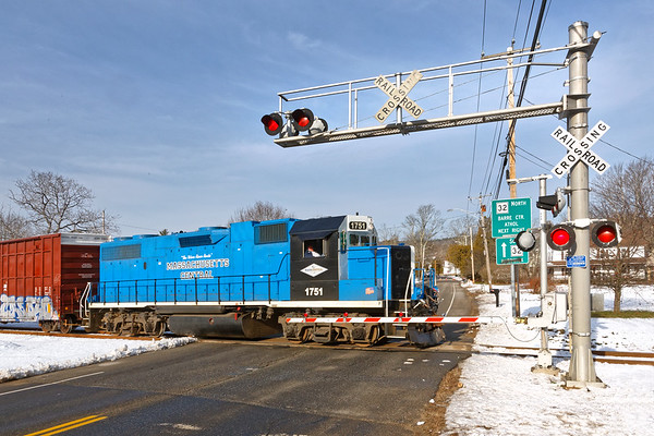 MCER 1751 crosses Rte 32 in Barre Plains MA.<br /> 12/11/2020