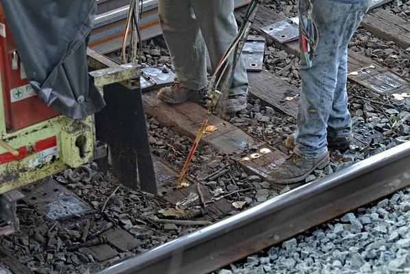 CSX track gang laying ribbon rail at MP57, Charlton, MA on the CSX Boston Line - 9/17/2012 - 598C1649dK