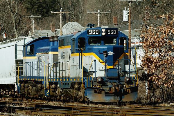 Mass Central units 960 and 2100 switching near MP83, Palmer, MA. 1/31/12 - IMG_3465dK