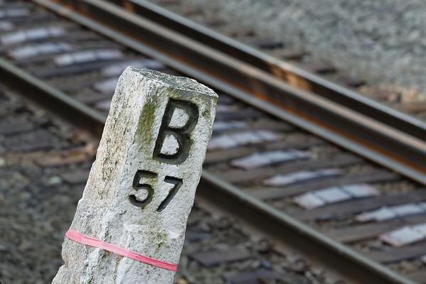 CSX track gang laying ribbon rail at MP57, Charlton, MA on the CSX Boston Line - 9/17/2012 - 598C1502dK
