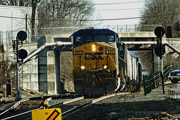 CSX train 297 heads west through MP83, Palmer, MA. 1/31/12 - IMG_3462dK
