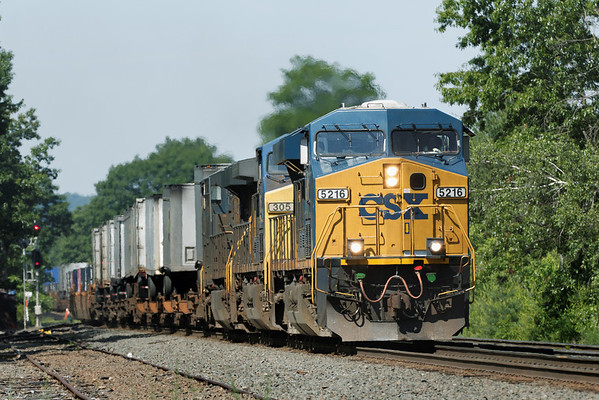 Fast moving pig train Eastbound through MP 64, East Brookfield, MA on the CSX Boston Line. 6/10/2012 - 598C9058dK