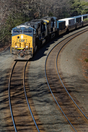 CSX train Q022 just east of MP60, from the Cranberry Meadow Rd. bridge. A little cold air and diesel smoke therapy for a cold... 12/15/2012 - 598C5107dK