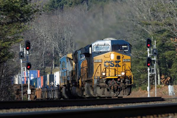CSX train Q022 at MP60, Spencer, MA. 12/14/2012 - 598C5076dK