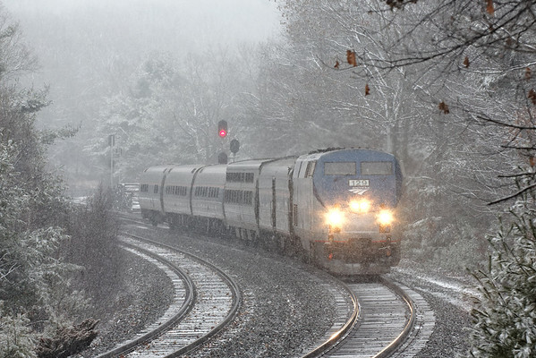 Train 449 was back to it's normal size today and we're also getting a small taste of winter.<br />  What a difference a day makes. MP60, Spencer, MA - 11/27/2012 - 598C4098dK