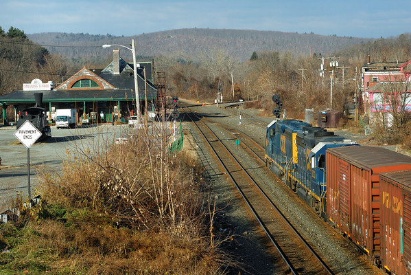 """The """"Springfield Local"""" waits to head west near the historic Palmer Depot at MP83, Palmer, MA. 11-26-2012 - 598C4056dK"""
