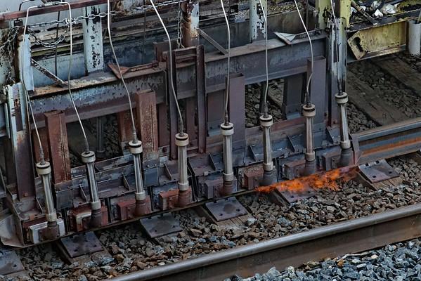 CSX track gang laying ribbon rail at MP57, Charlton, MA on the CSX Boston Line - 9/17/2012 - 598C1731dK
