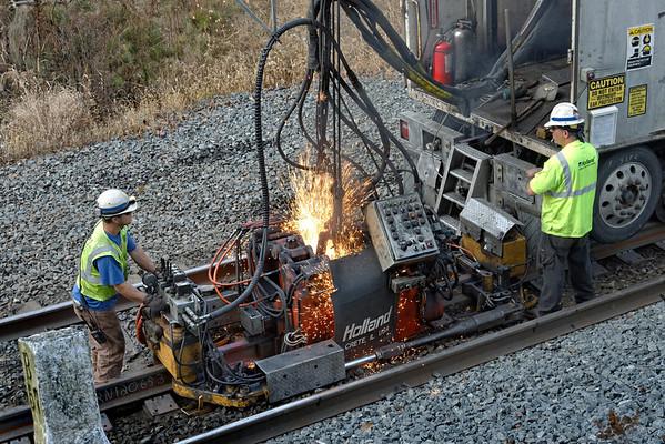 CSX track gang laying ribbon rail at MP57, Charlton, MA on the CSX Boston Line - 9/17/2012 - 598C1672dK