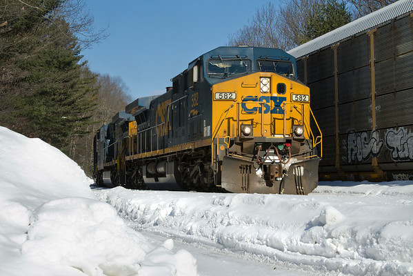 Q426 at MP60, Spencer, MA  11/02/10 - IMG-1230