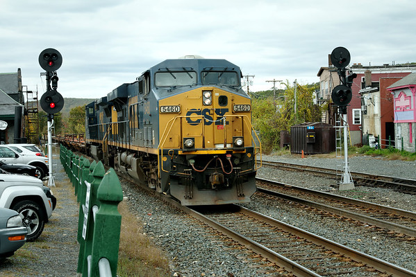 A long eastbound string of trailer and spine cars rolls through MP83, Palmer, MA. Oct 21, 2011 - IMG_2086dK