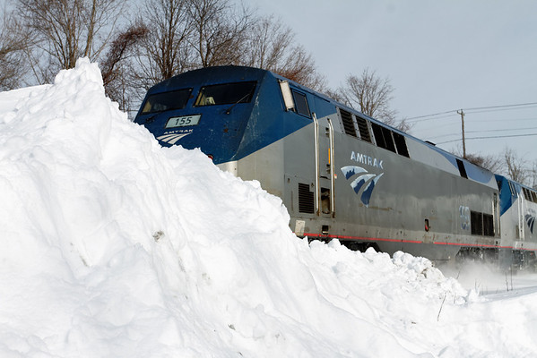 Higher and higher - Amtrak 449 flies past the piles of snow on Charlton Hill - MP57, Charlton, MA - 11-01-22 - IMG_0958dK