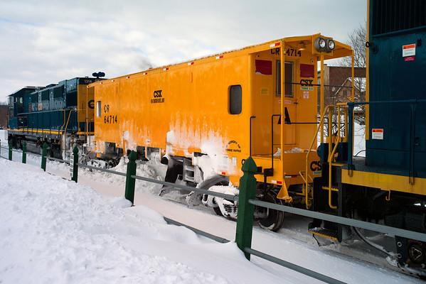 CSX - How Tomorrow Moves...Snow. Palmer, MA - 11-01-27 - LR3-1000362dK