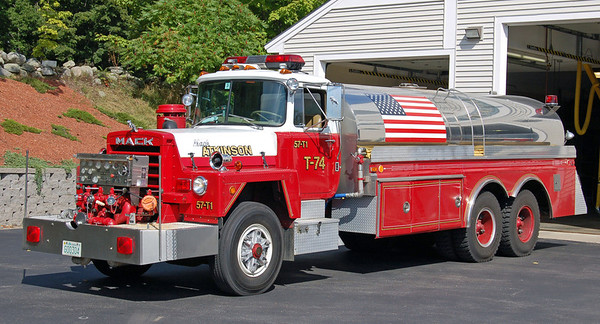 Retired   Tanker 1   1985 Mack
