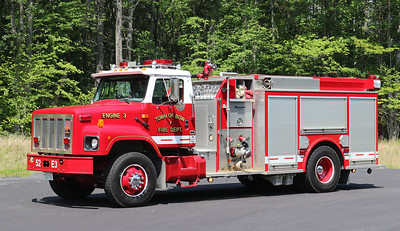 Engine 3   2001 International / Valley   1500 / 1000