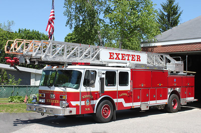 Ladder 1 1994 E-One Hurricane 110'RM