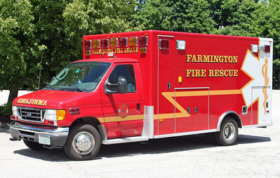 Ambulance 1 2006 Ford