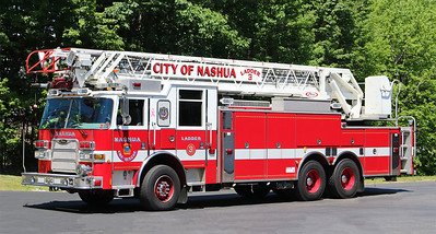 Ladder 3.  2005 Pierce Arrow XT.  105' RM