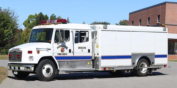 Rescue 1.  2000 Freightliner FL70 / Hackney