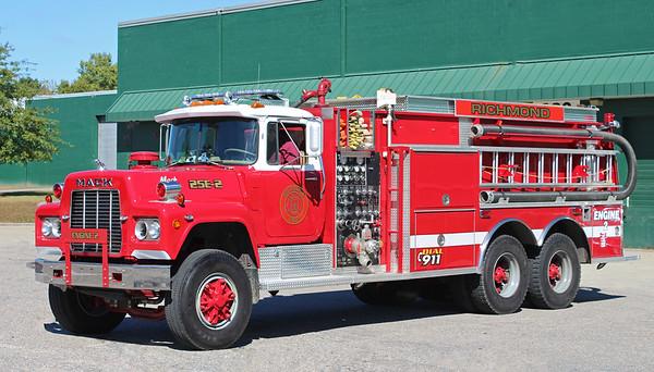 Tanker 1 1985 Mack R 1000 / 2500