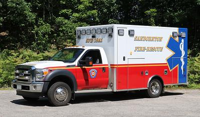 Ambulance 1   2014 Ford F-450 / PL Custom
