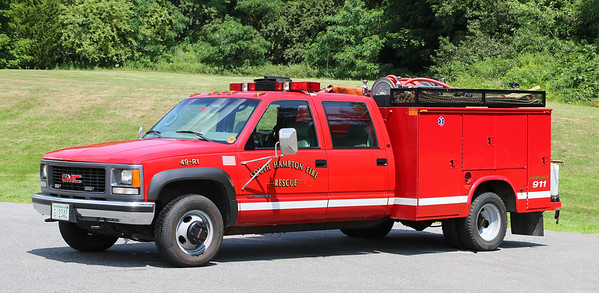 Rescue 1.  2000 GMC 3500 / Knapheide.  (Old Mirrors)