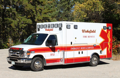 Ambulance 1   2016 Ford / PL Custom