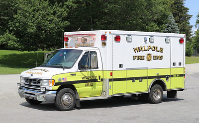 Ambulance 1   2001 Ford F-450 / Road Rescue
